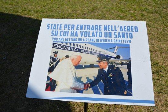 Volandia Parco e Museo del Volo Malpensa: FOTO CHE ATTESTA IL VOLO DI PAPA WOJTYLA