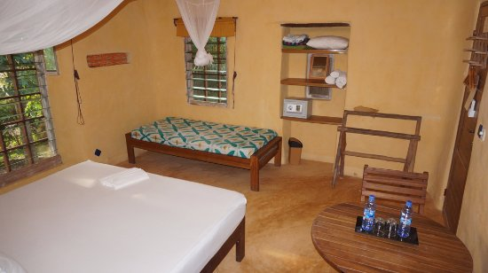 Axim, Ghana: Hill Side suite