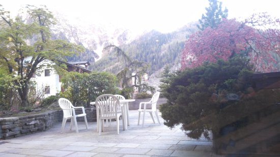 Hotel Pavillon: IMG_20170418_070029_large.jpg