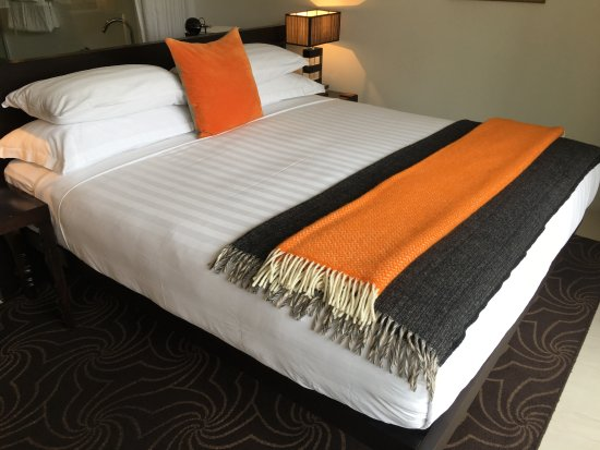 Queenstown Park Boutique Hotel: Our bed was particularly comfortable.