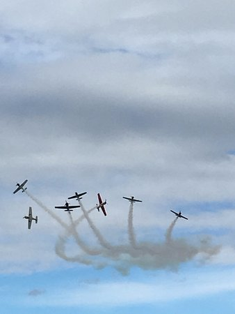 Omaka Aviation Heritage Centre: Synchronised moves