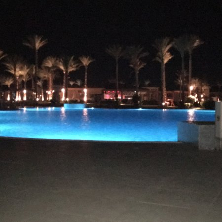 One of the very best hotels in maakdi bay