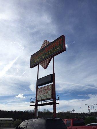 Brookville, Pensilvanya: Taken at Plylers Buffet on 4/22/17
