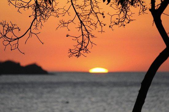 Aqua Sport: a beautiful spot for watching the sun dip below the horizon