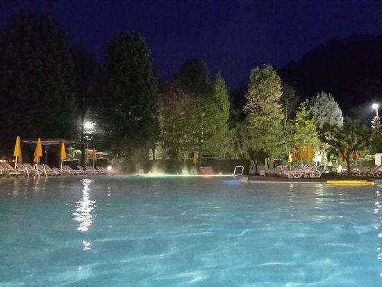 Piscine preistoriche picture of piscine preistoriche - Terme preistoriche montegrotto prezzi piscina ...