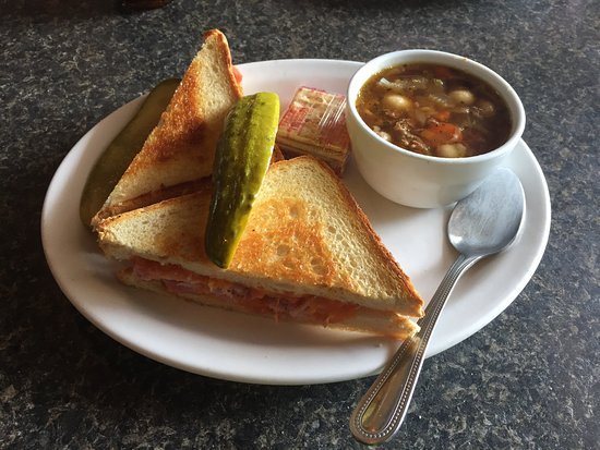 Langford, Canada: Grilled Ham & Cheese + Beef Veggie Soup