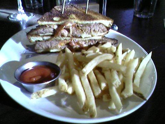 Leawood, Канзас: The Meatloaf Melt