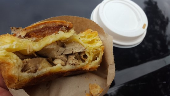Fairlie, Neuseeland: Pork Belly Pie & Latte