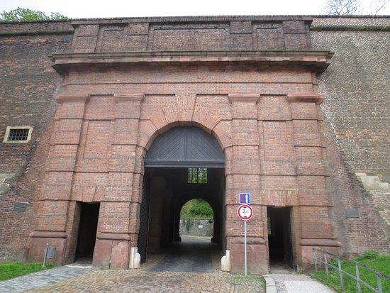 Národní Kulturní Památka Vyšehrad: Entrance gate of Vysehrad Fortress