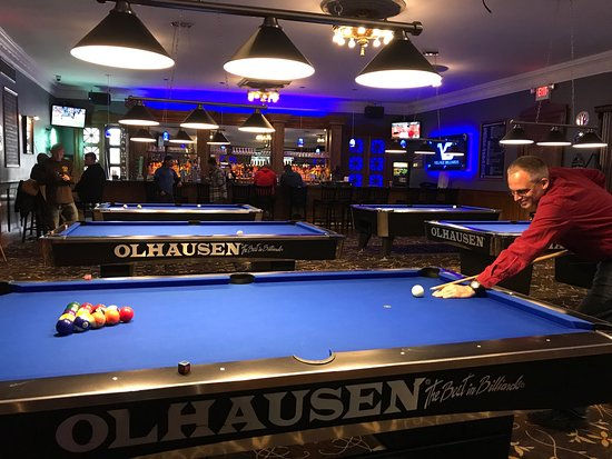 Warwick, NY: Village Billiards