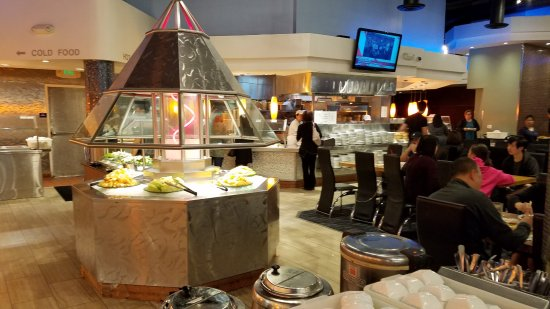 Concord, CA: Well worth the price at this buffet