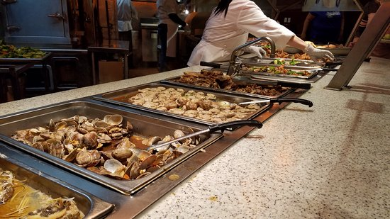 Concord, Californië: Well worth the price at this buffet