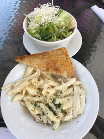 Laguna Niguel, Kalifornia: Plumeria Cafe by Stacks