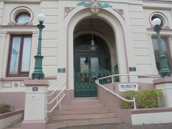 Maryborough, Australia: Historical society in old school of arts building Kent st