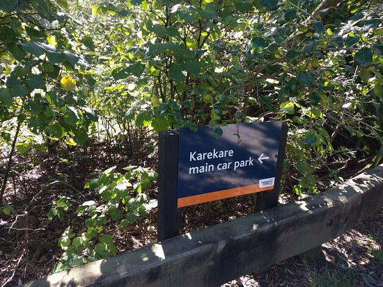 Auckland, Selandia Baru: Sign to the Carpark