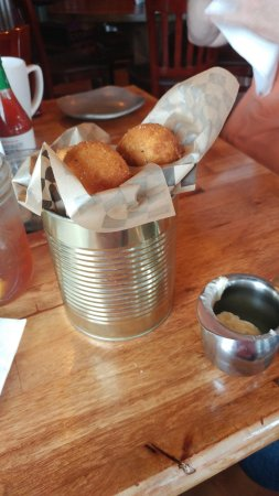 Camas, WA: Hush puppies with honey butter
