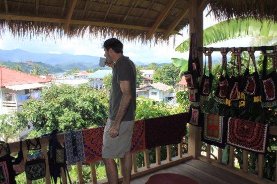 Daauw Home: Morning coffee in perfect setting