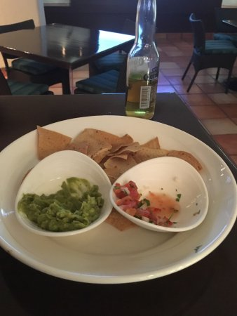 Sheraton Grand Los Cabos Hacienda del Mar: chip and salsa , i think french fries taste better