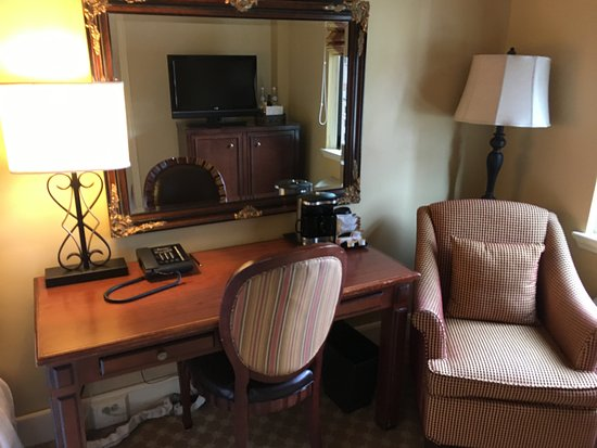 Omni Parker House: Desk and chair
