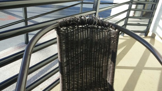 Huntington Beach Inn: Breakfast patio chair