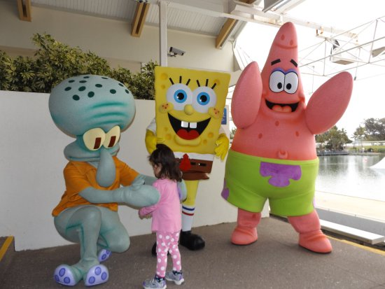 Main Beach, Australia: Squidworth, SpongeBob and Patrick
