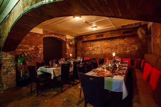 Brisbane, Australia: Signature Cellar function room