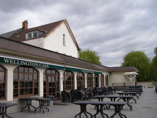 "Waterloo, Bélgica: 古戰場旁的咖啡廳以""威靈頓""命名"
