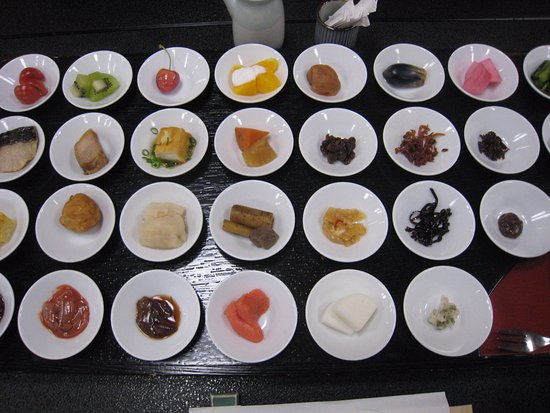 Achi-mura, Japan: 朝食の料理の数々