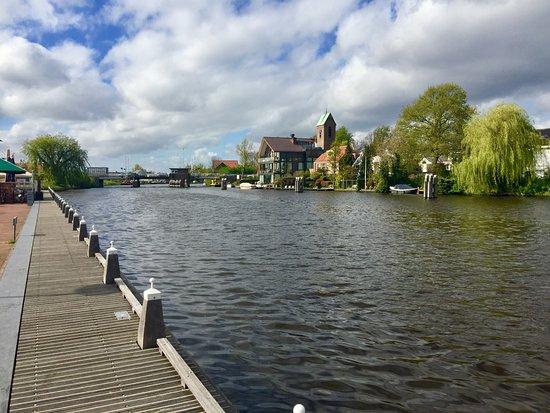 Foto Ouderkerk aan de Amstel