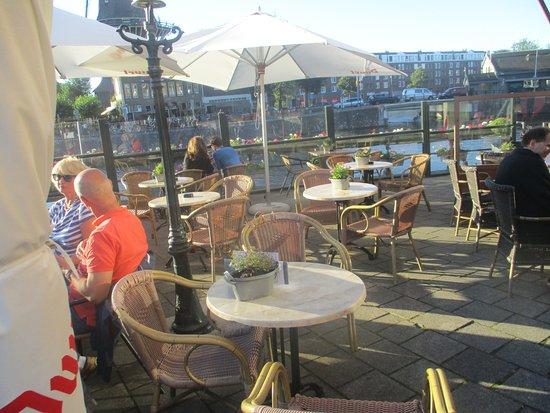 Dorst Cafe: Outdoor Area