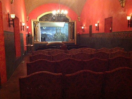 Hacienda De Los Santos: Romantisches Theater und Kino