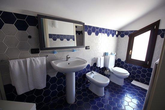 hotel residence capo campolato bagno camera hotel