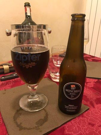 Cardano al Campo, Italia: Beer Rosso
