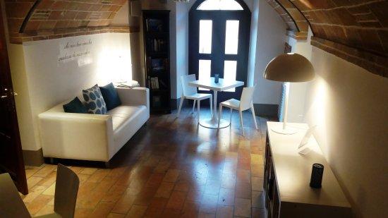 Montegiardino, San Marino: Sala lettura