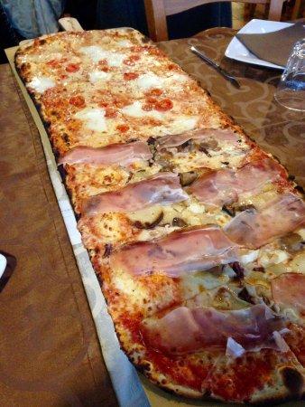 Pizza al Metro L'Osteria