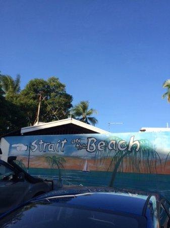 Holloways Beach, Australia: sign