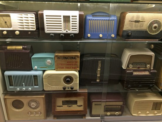Museum of Brands, Packaging and Advertising : Part of the vast array of old valve radios. Photography isn't allowed in the museum unfortunatel