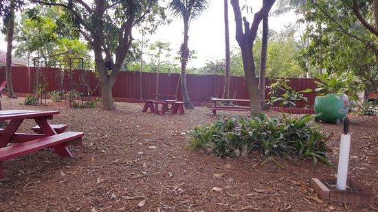 Davie, FL: A nice picnic area.