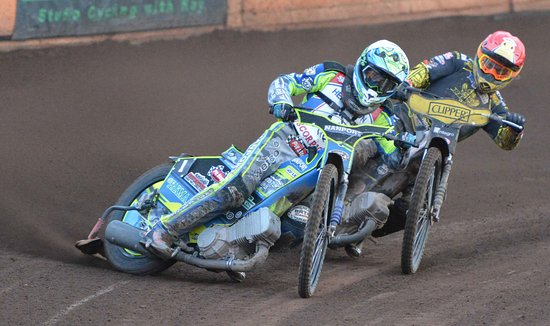 Berwick upon Tweed, UK: Wheel-to-wheel speedway racing at Shielfield Park, Berwick