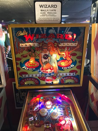 Asheville Pinball Museum: photo3.jpg
