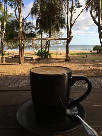 Agnes Water, Australia: Delicious coffee with a view!