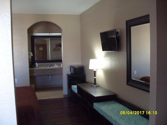 Super 8 Galveston : Room view 1