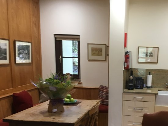 Chagford, UK: Dining kitchen area