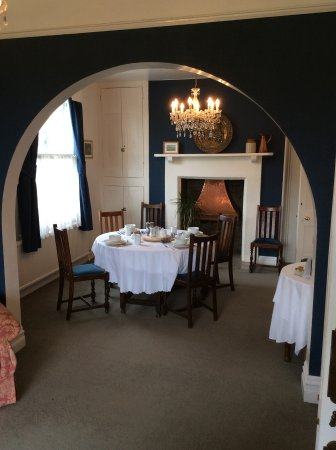 Moretonhampstead, UK: Breakfast in the guest dining room