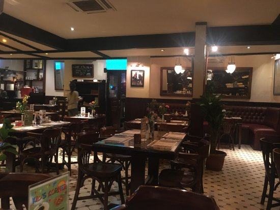 Smokers den, drab decor but great curries - Review of Eastern
