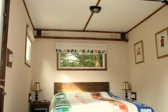 Saltash, UK: Redwoods Double Bed