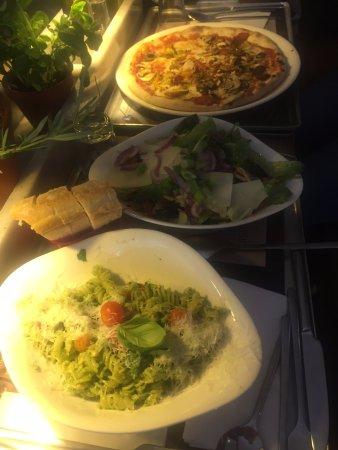 La Defense, فرنسا: Our meal