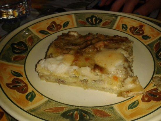 Pari, Italy: Lasagna ai carciofi