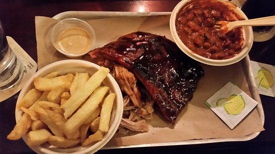 Bison Bar and BBQ: 20170421_210400_large.jpg