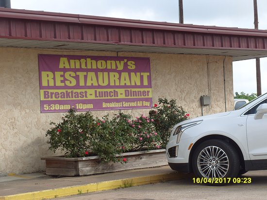 Buffalo, TX: Anthony's restaurant, discount for hotel guests